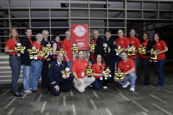 Garda Cash Logistics Sales Organization Builds and Donates